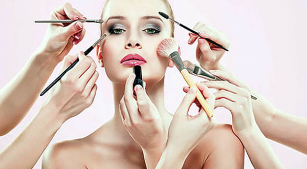 Latest-Makeup-Ideas-For-Girls-31-600x330